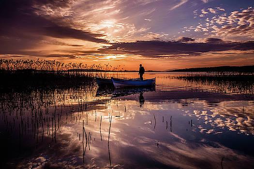 Golyazi Lake by Okan YILMAZ
