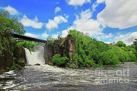 Regina Geoghan - Great Falls Scenic View N.J.