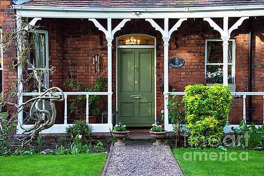 Bob Phillips - Green Dublin Door