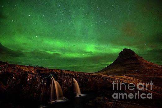 Green Mountain by Jamie Pham