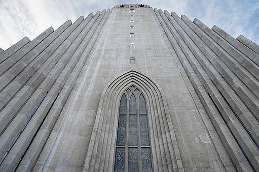 RicardMN Photography - Hallgrimskirkja facade and bell tower in Reykjavik