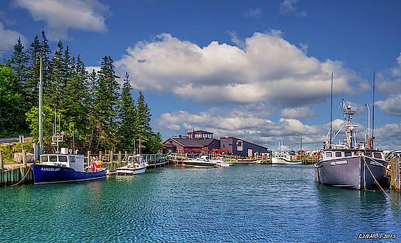 Hall's Harbour 02 by Ken Morris