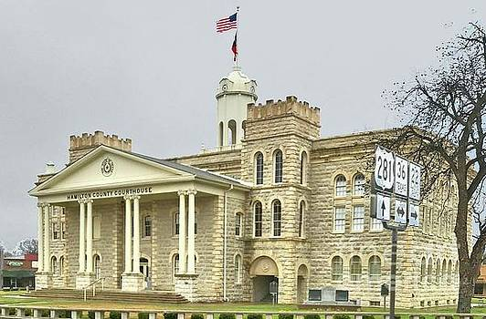 Hamilton Texas Courthouse by Janette Boyd