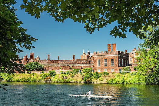 David Ross - Hampton Court Palace and the River Thames