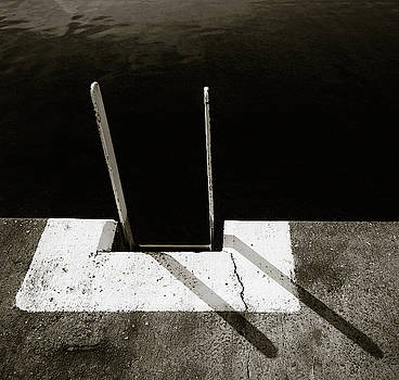 Harbour Steps by Dave Bowman