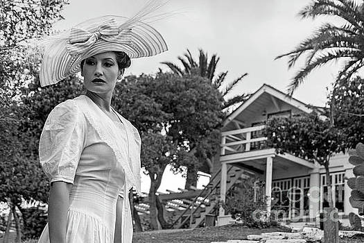 Sad Hill - Bizarre Los Angeles Archive - Haunted by History - Woman in White - Two Harbors - Catalina Island - ghost story