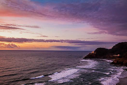 Heceta Head Lighthouse by Andrew Soundarajan