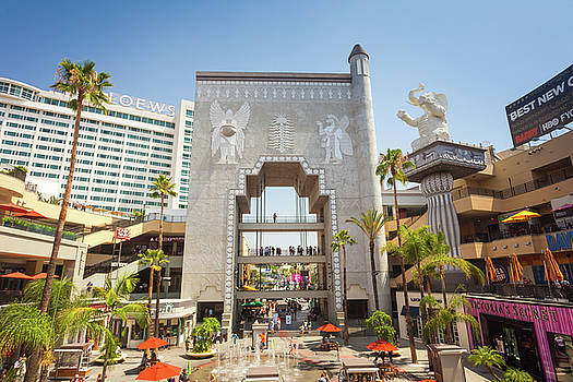 Hollywood and Highland Complex  by Natalia Macheda
