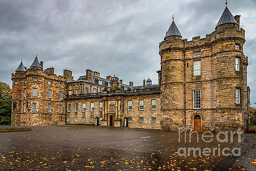 Holyrood Palace  by Elizabeth Dow