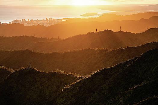 Honolulu by Noah Lang