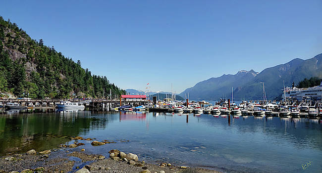 Horseshoe Bay by Rick Lawler