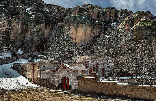 House in Guzelyurt by Maria Coulson