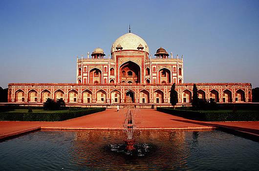 Humayuns Tomb, Delhi by Kelly Cheng Travel Photography