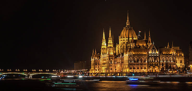 Hungarian Parliament Building by Sergey Simanovsky