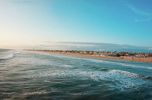 Huntington Beach by Art Spectrum