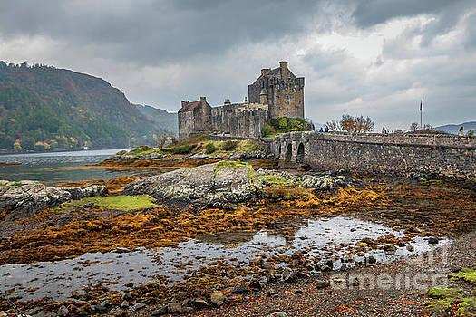 Iconic Eilean Donan Castle by Elizabeth Dow