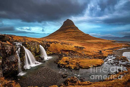 Iconic Kirkjufell by Jamie Pham