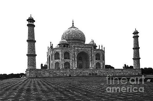 India - Taj Mahal BW by Stefano Senise