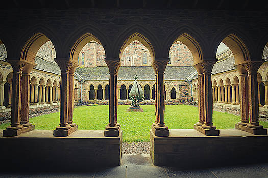 Iona Abbey Quadrangle by Ray Devlin