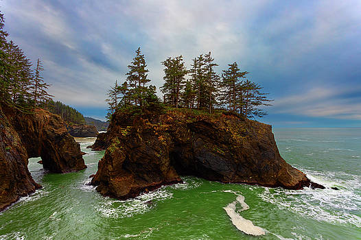 Islands and Arches by Brian Knott Photography