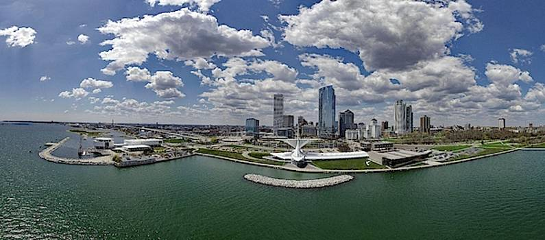 Panorama Of Mke by Steve Bell
