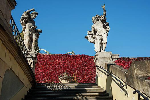 Jenny Rainbow - Jupiter and Mercury. Vrtba Garden