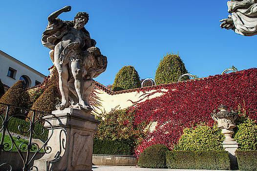 Jenny Rainbow - Jupiter Statue. Vrtba Garden