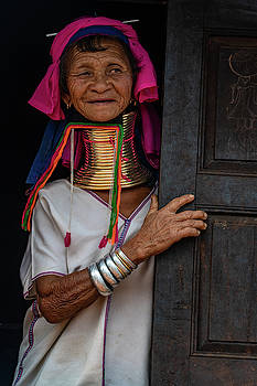 Kayan Lahwi Long Necked Lady by Chris Lord