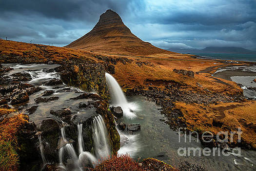 Kirkjufell Falls by Jamie Pham