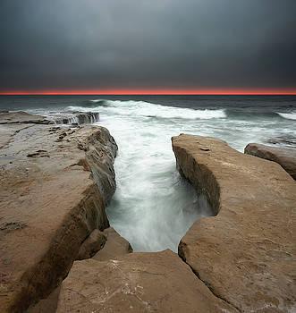 La Jolla Red Horizon by William Dunigan