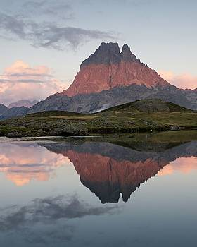 Lac du Miey Sunset by Stephen Taylor