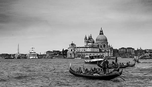 Lagoon of Venice by Sergey Simanovsky