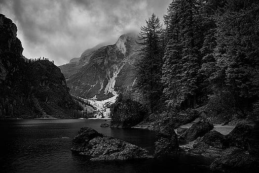Jon Glaser - Lake in the Dolomites