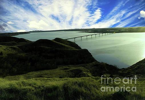 Lake Sakakawea from Sanish Hill by Jeff Swan