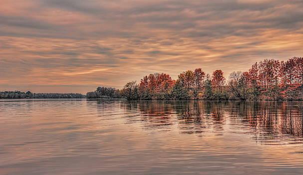 Dale Kauzlaric - Lake Wausau Fall Shoreline