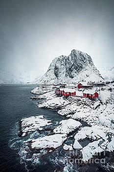Land Of A Thousand Winters by Evelina Kremsdorf