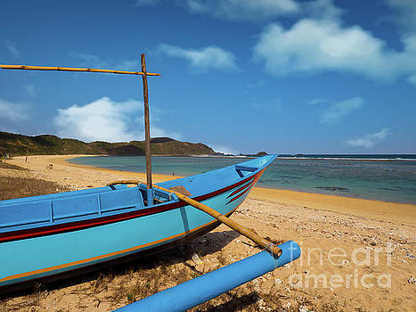 Asia Visions Photography - Lansing Beach Outrigger