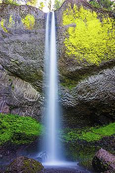 Latourell Falls by Jordan Hill