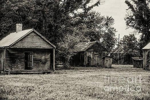 Bob Phillips - Laurel Valley Slave Quarters 3