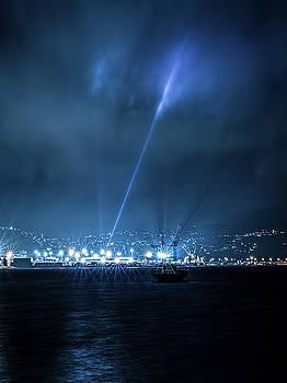Light Rays by Werner Kaffl