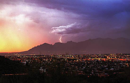 Chance Kafka - Lightning bolt over the Santa Catalina Mountains and Tucson, Arizona