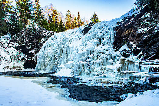 Little Manitou Falls - Frozen by Nathan Carlsen
