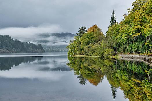 Jeremy Lavender Photography - Loch Ard in Scotland