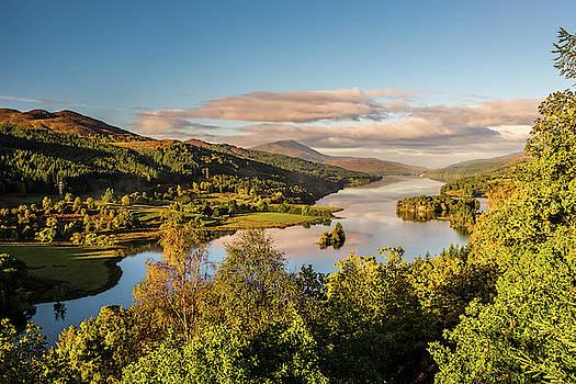 David Ross - Loch Tummel sunrise, Queen