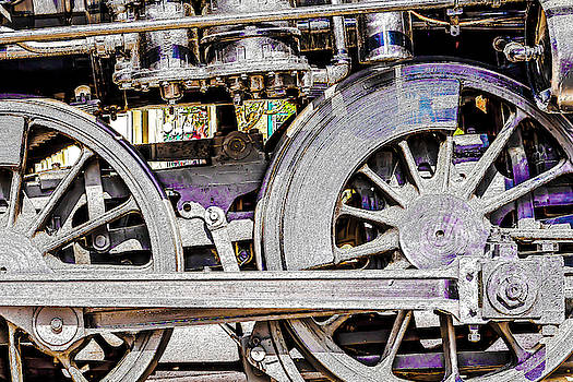 Locomotive 720 by David Ralph Johnson