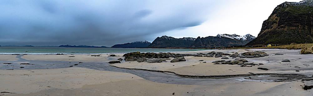 Lofoten beach by Kai Mueller