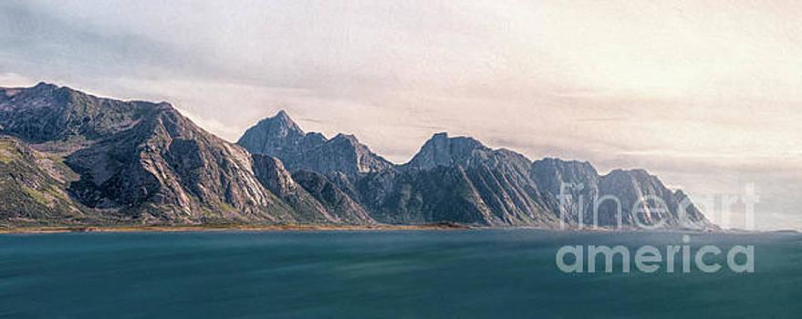 Lofotveggen Panorama by Erik Brede