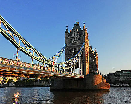 Toby McGuire - London England Tower Bridge Side View Blue Sky