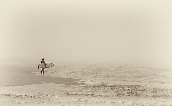 Bill Chambers - Lone Surfer