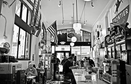 RicardMN Photography - Loris Diner San Francisco BW